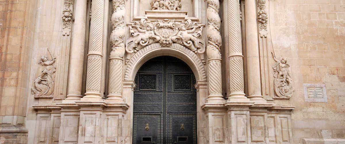 Abahana Villas - Basilique de Santa Maria, fêtes du Misteri d'Elx.