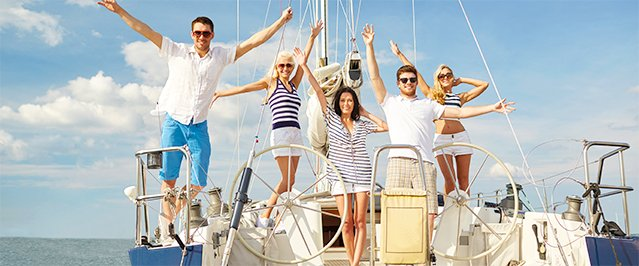 Abahana Villas - Boat rental with friends on the Costa Blanca.