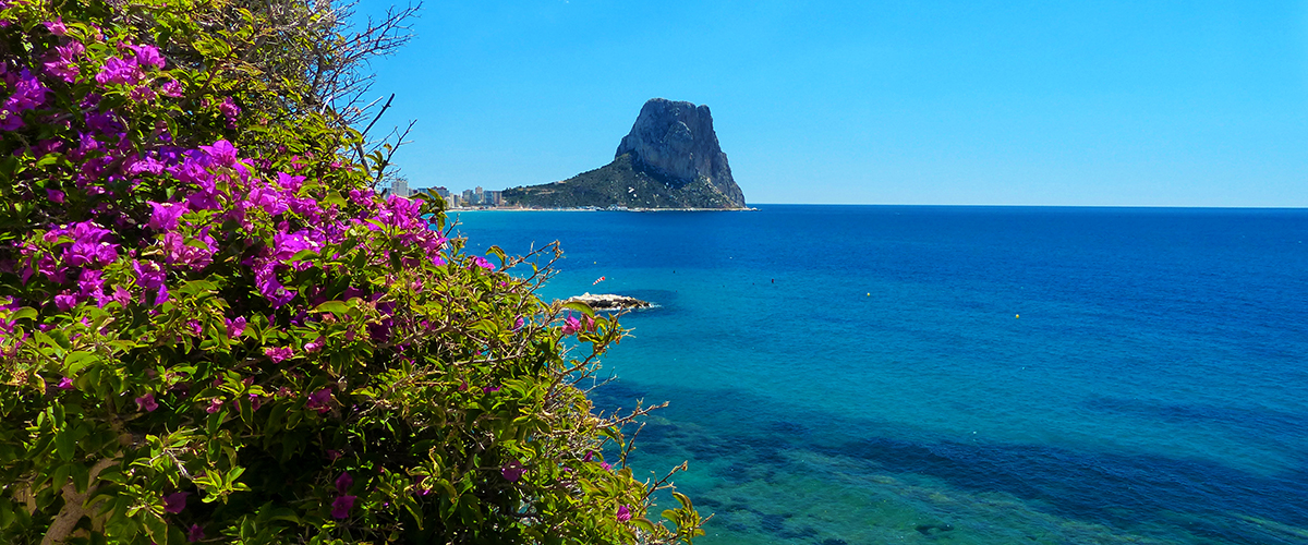 Abahana Villas - Views of Arenal-Bol beach in Calpe.