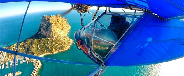 Turismo Calpe - Vista aérea Del Peñón de Ifach desde avioneta.