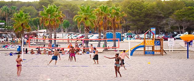Abahana Villas - Torneos públicos de voley en la playa de l'Ampolla.