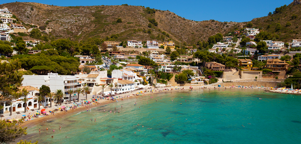Abahana Villas - Beach of Portet in Moraira.