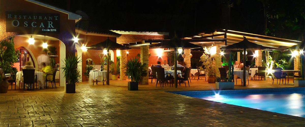 Abahana Villas - Terrace of Restaurant Oscar in Calpe.