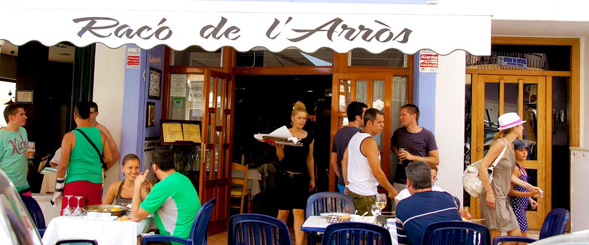 Abahana Villas - Terrace of the restaurant El Racó de L'Arròs in Moraira.