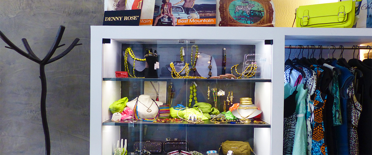 Abahana Villas - Fashion and accessories of the Boutique Arco in Altea.