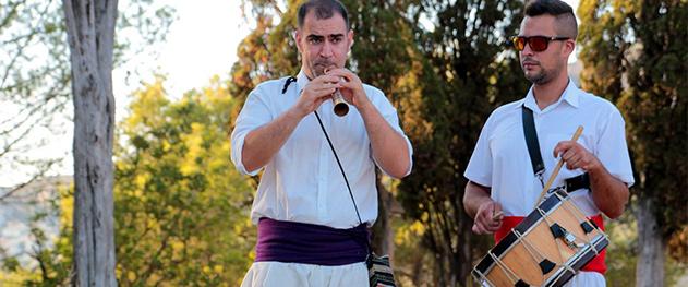 Mercat bio Xaló - Dolçaina und Tabalet, typische Musik der Region.