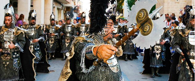 Turismo Benissa - Desfile de gala.
